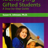 IDENTIFYING GIFTED STUDENT A STEP BY STEP GUIDE<br /><br />